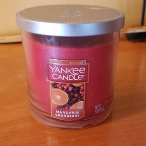 Never used Yankee candle